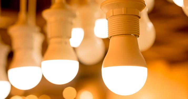 Cómo ahorrar luz gracias a las soluciones domóticas